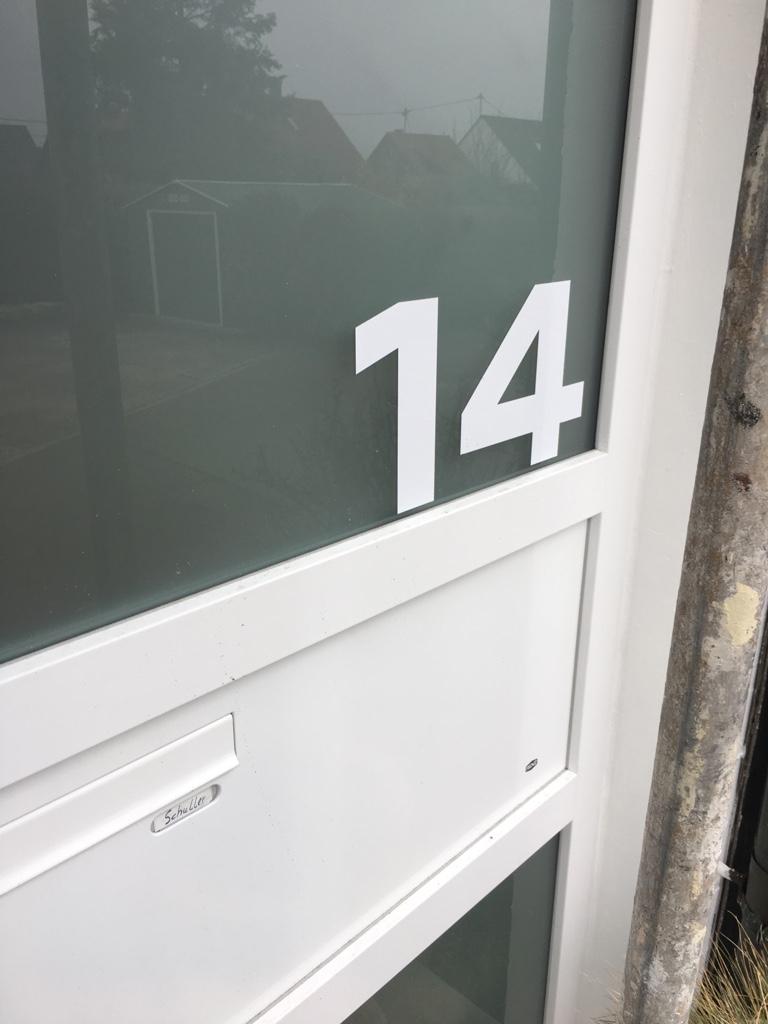 Hausnummeraufkleber