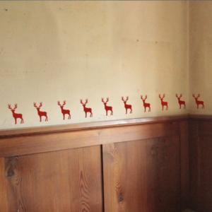 Hirschbordüre für die Wand zum Aufkleben
